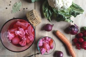 Roze groenten uit het zuur
